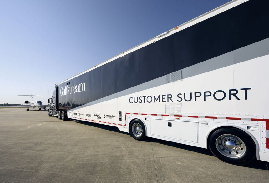 Gulfstream Customer Support includes this specially equipped 74-foot/22.6-meter tractor-trailer.