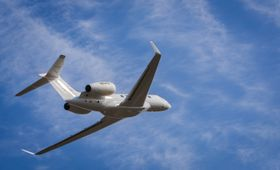 A quarta aeronave de testes Gulfstream G500, a T4, realizou seu primeiro voo.