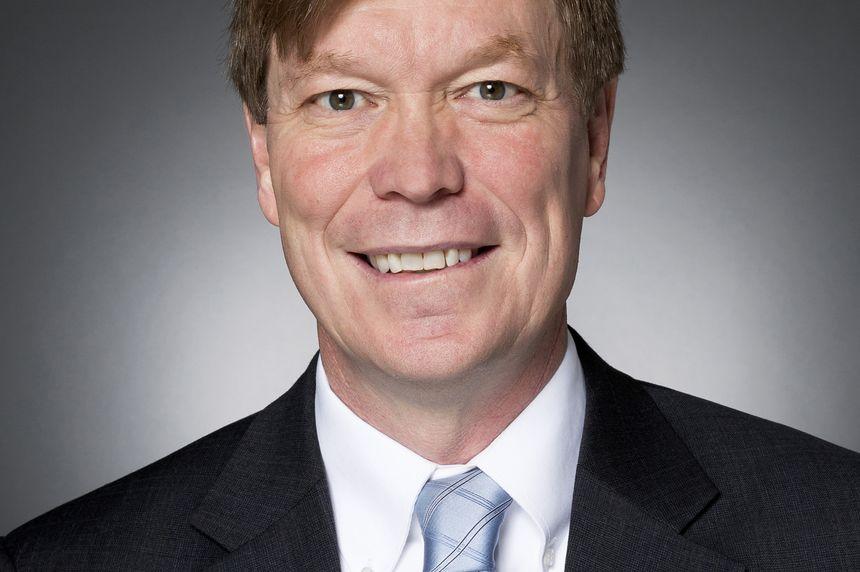 Dennis Stuligross
