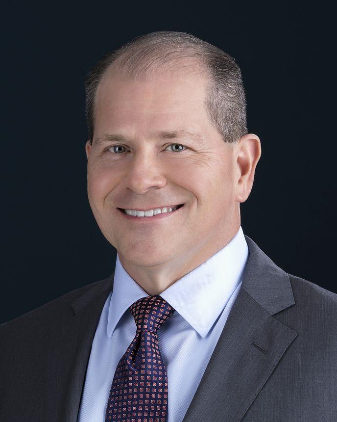 Dan Nale, Vice-Presidente Sênior, Programas, Engenharia e Testes