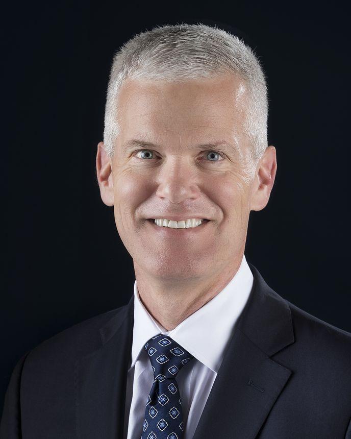 Colin Miller, Vice-presidente sênior de Inovação, Engenharia e Voos