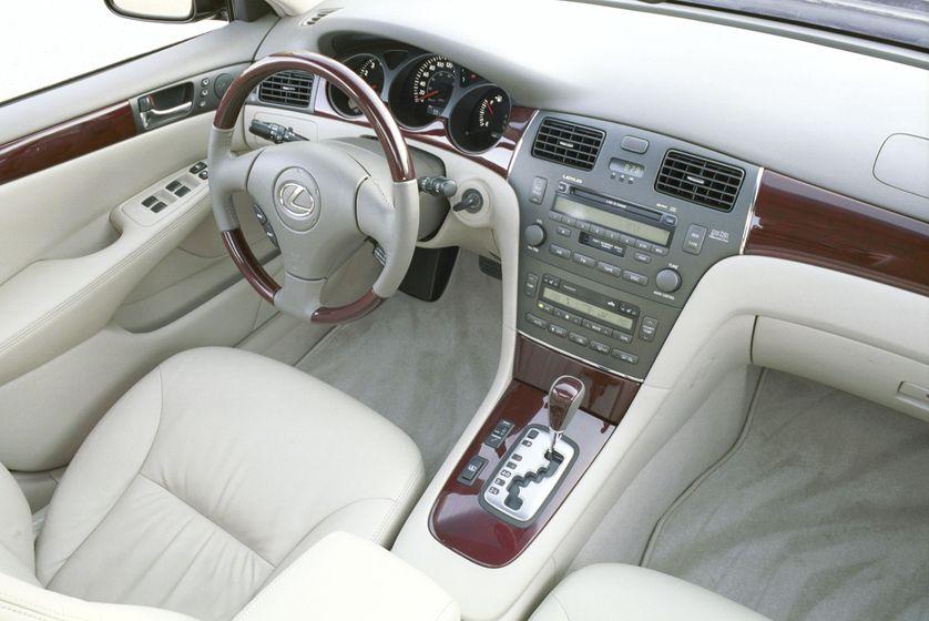 2002 Lexus ES 300 23