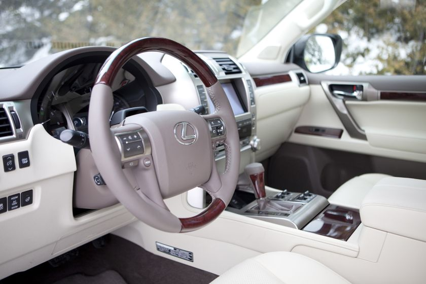 The new 2010 Lexus GX 460 Luxury SUV offers advanced power and