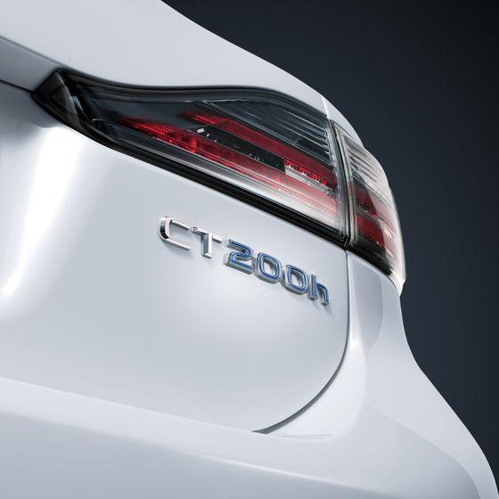 Lexus CT 200h 001