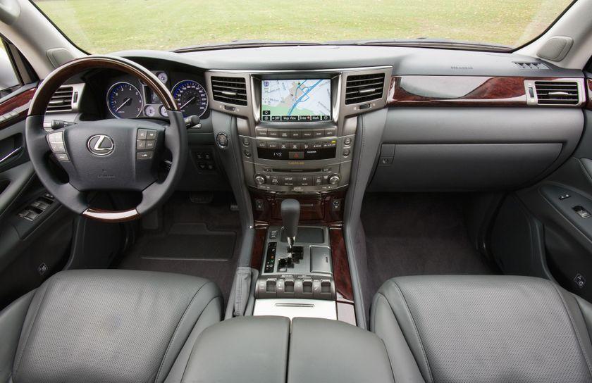 2011 Lexus LX 570 083