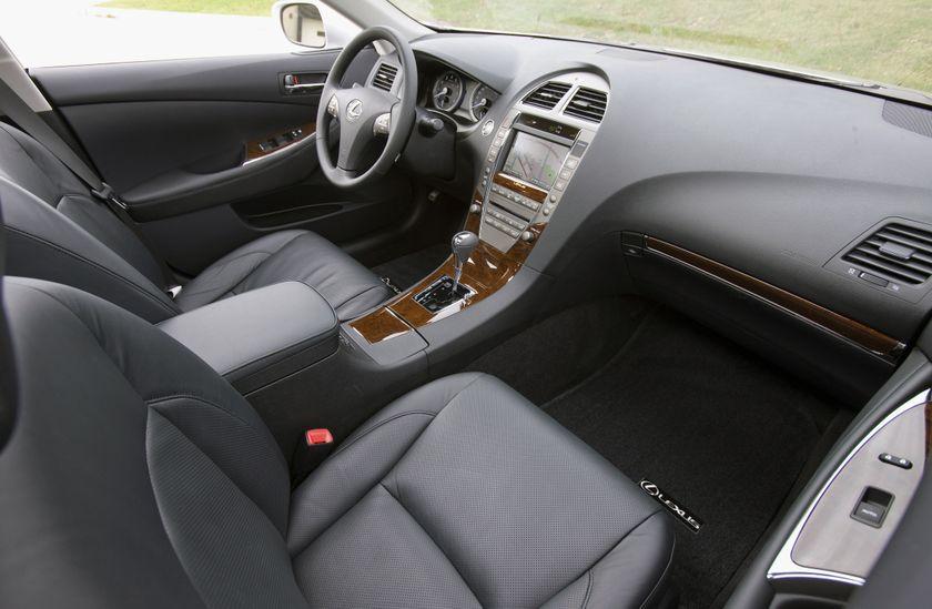 2011 Lexus ES350 21