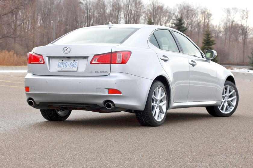 2011 Lexus IS350 AWD 10