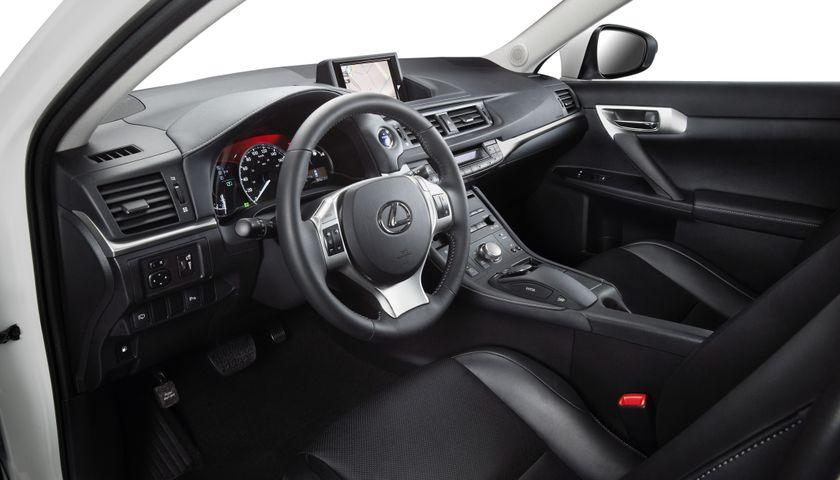 2011 Lexus CT200h 06