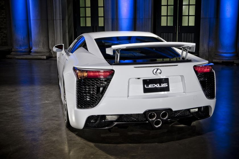 2012 Lexus LFA 22