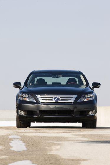 2011 Lexus LS 600h L 14