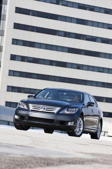 2011 Lexus LS 600h L 08