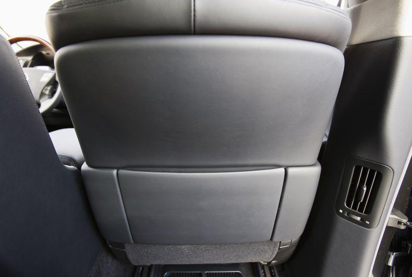 2011 Lexus LS 600h L 39