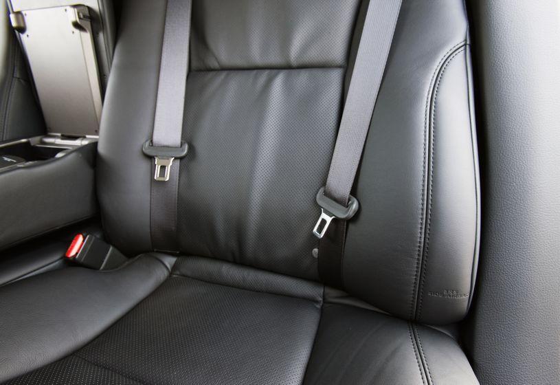 2011 Lexus LS 600h L 36