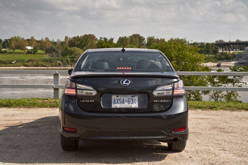 2011 Lexus HS250h 18