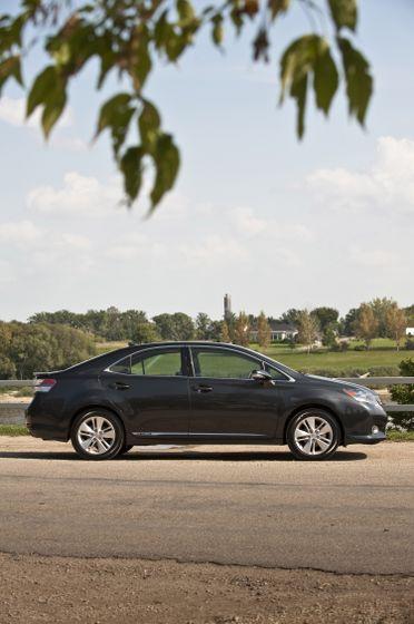 2011 Lexus HS250h 17