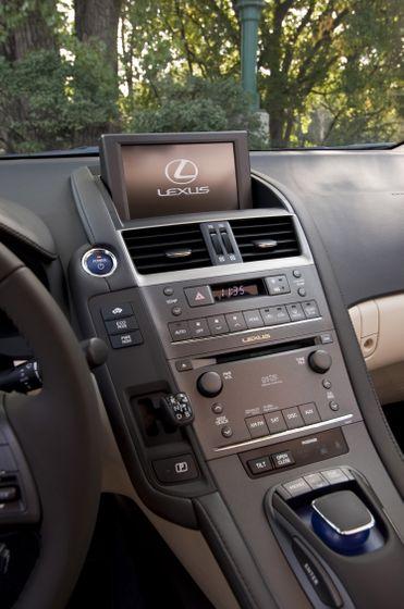 2011 Lexus HS250h 62