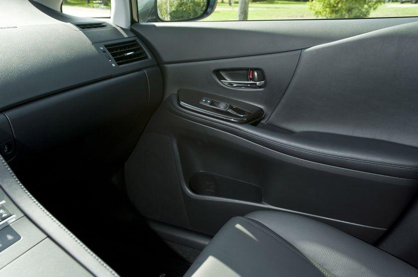 2011 Lexus HS250h 66