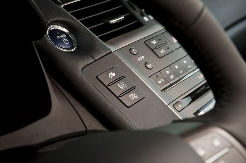 2011 Lexus HS250h 71