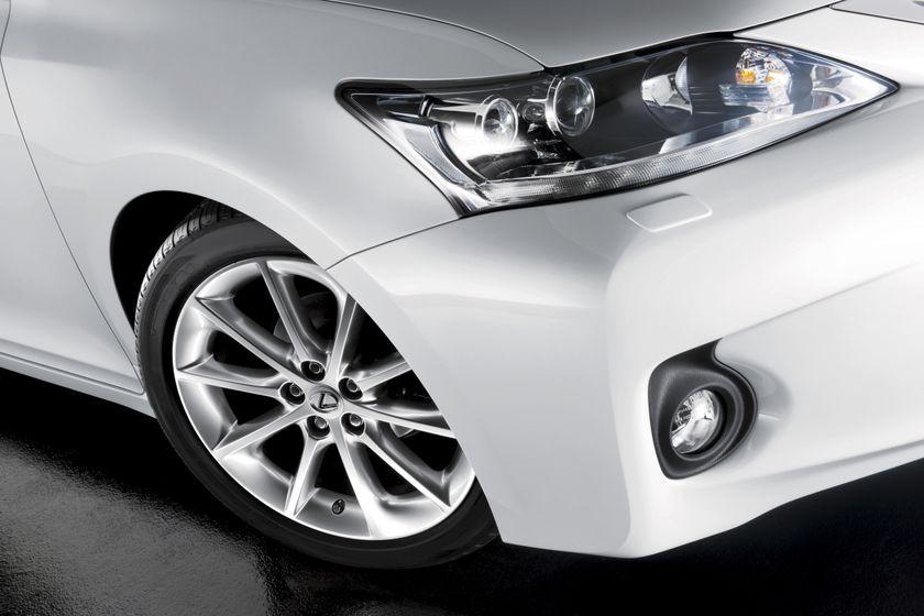 2011 Lexus CT200h 18