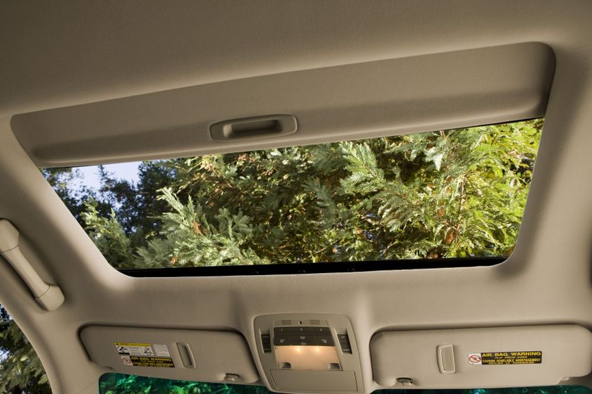2012 Lexus RX450 70