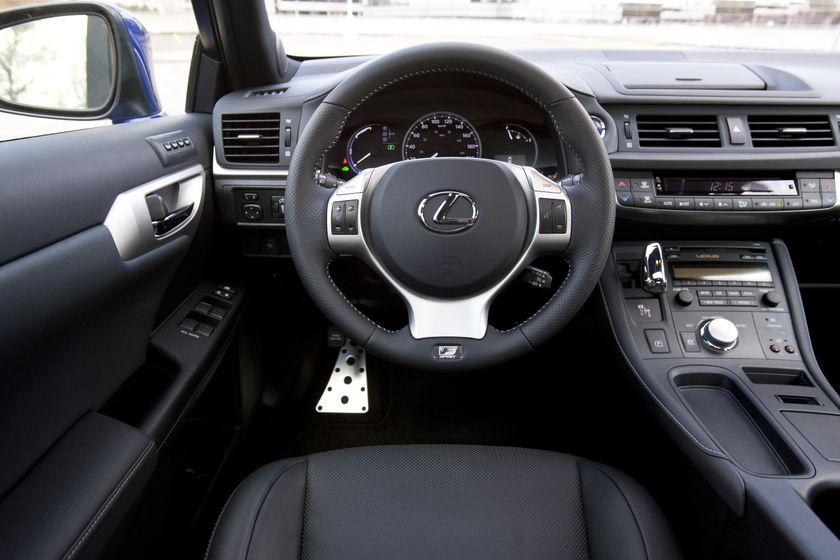 2012 Lexus CT 200h F-Sport 16