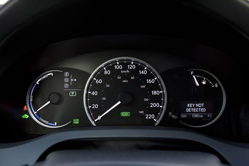 2012 Lexus CT 200h F-Sport 23