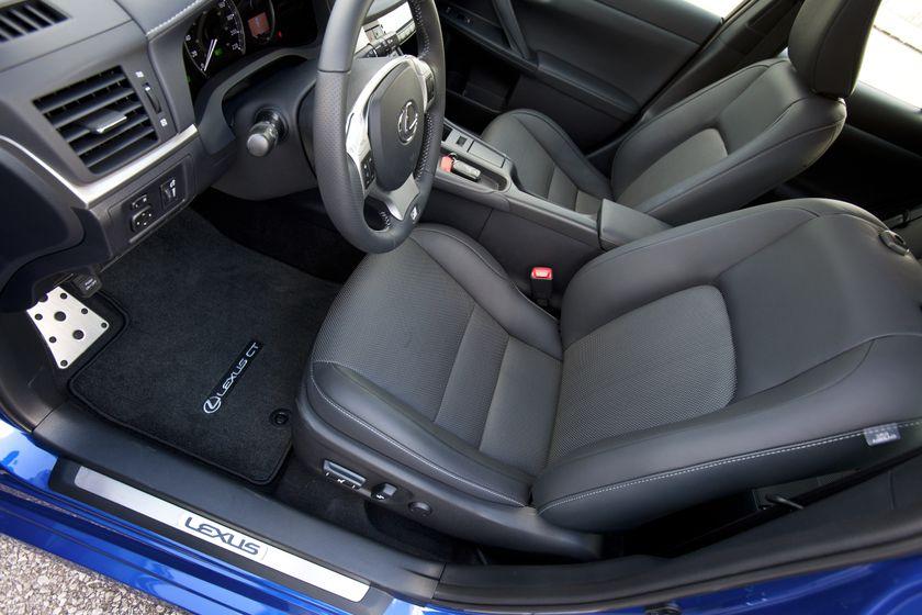 2012 Lexus CT 200h F-Sport 25
