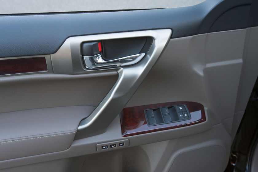 2012 Lexus GX 460 39