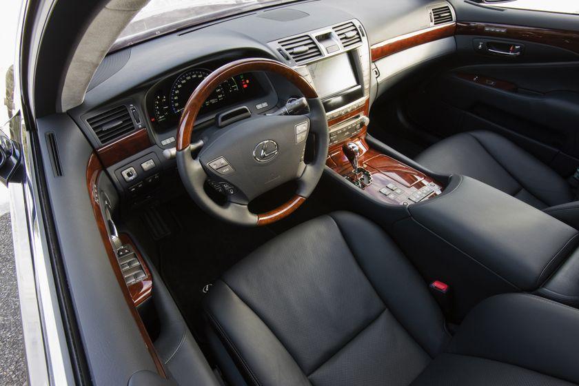 2012 Lexus LS 600h 21