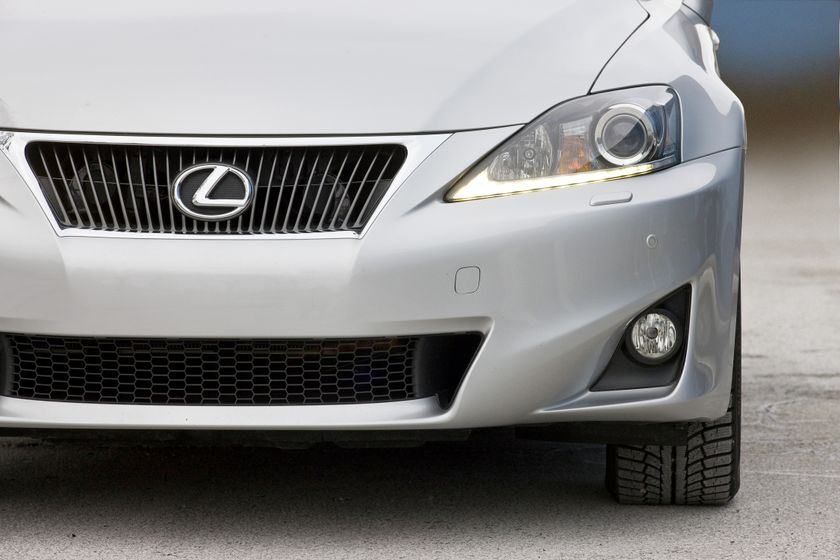 2012 Lexus IS 350 AWD 24