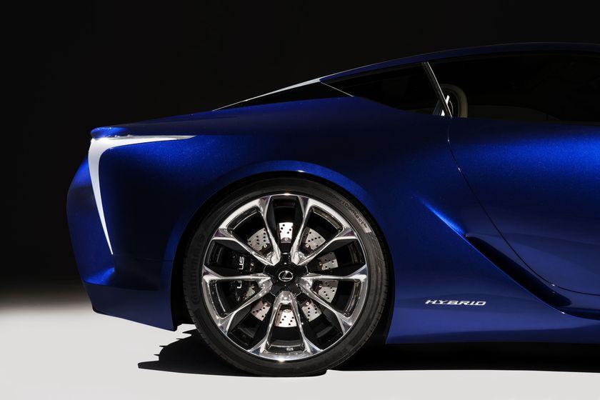 Lexus LF LC Blue 012