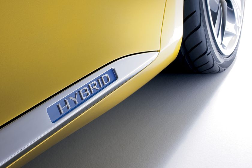 Lexus LF-Ch Concept 08