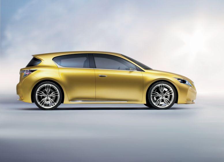 Lexus LF-Ch Concept 02
