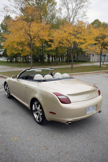 2010 Lexus SC 430 05