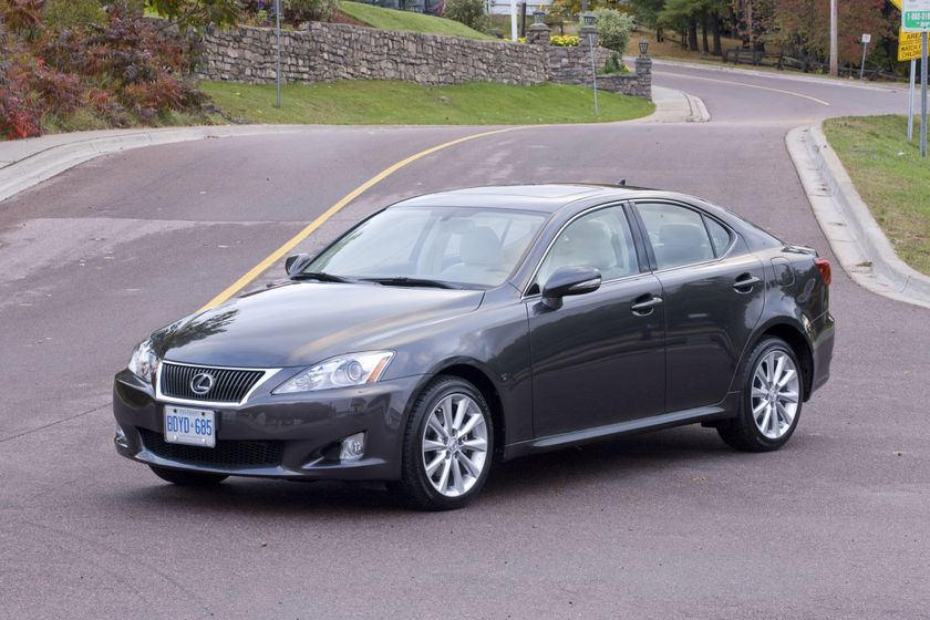 2010 Lexus IS 250 01