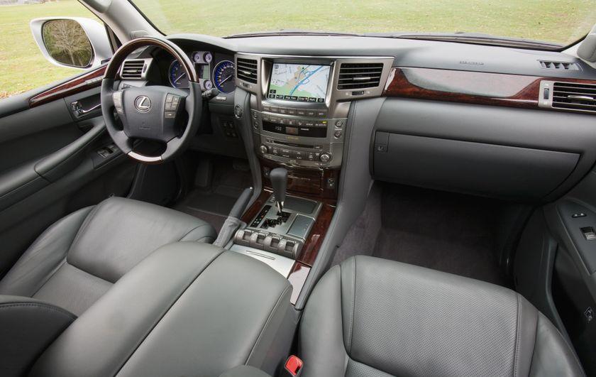 2011 Lexus LX 570 084