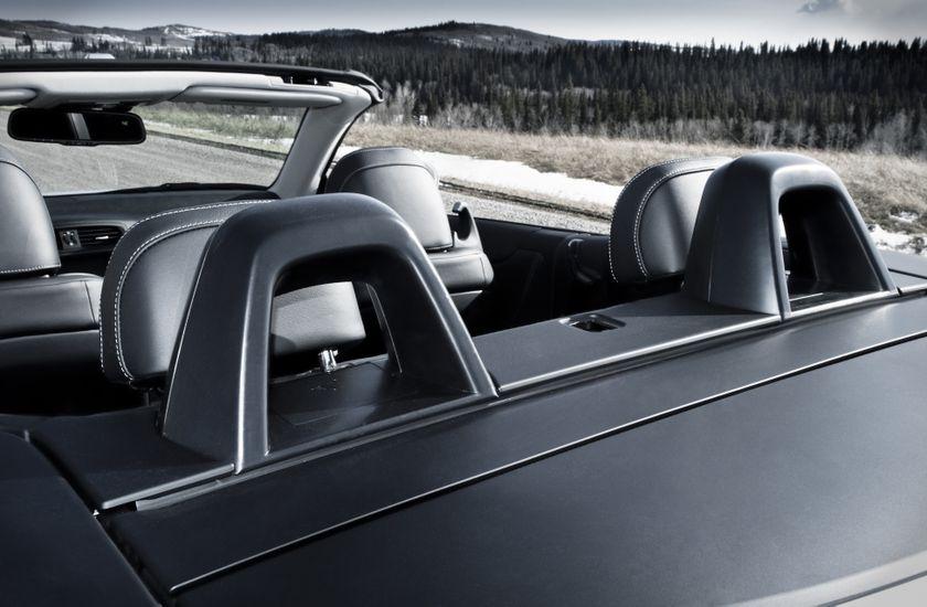 2011 Lexus IS C 14