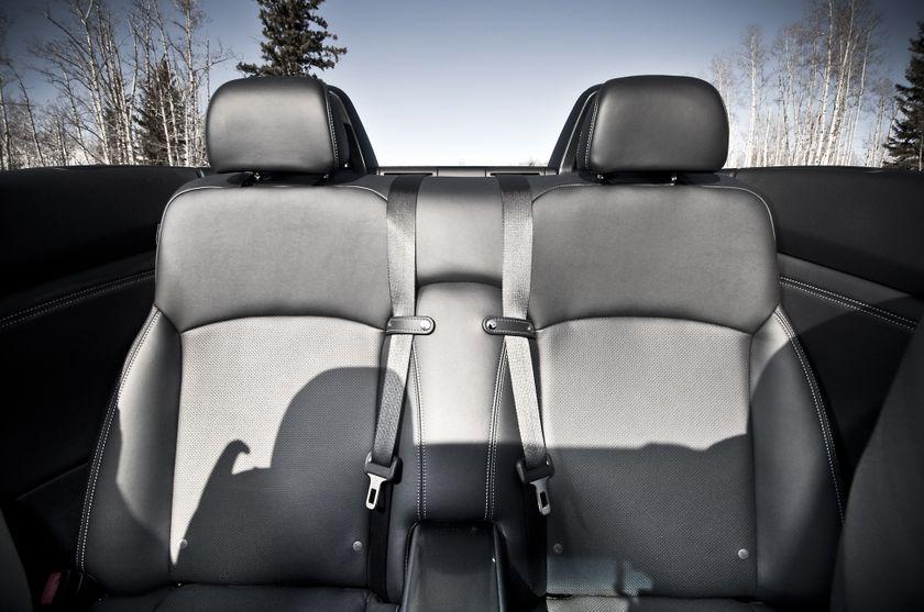 2011 Lexus IS C 10