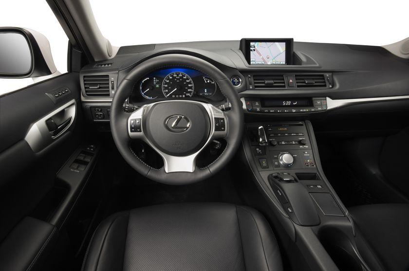 2011 Lexus CT200h 07