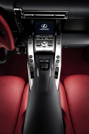 Lexus LFA 36