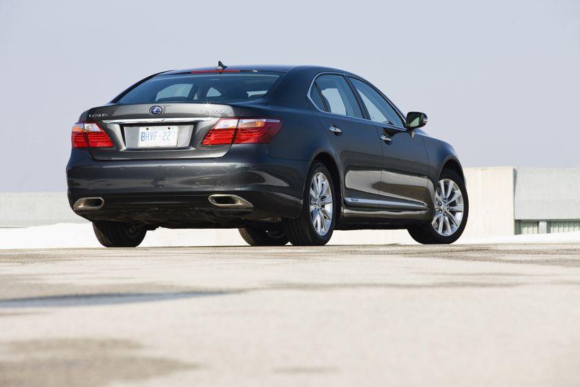 2011 Lexus LS 600h L 18