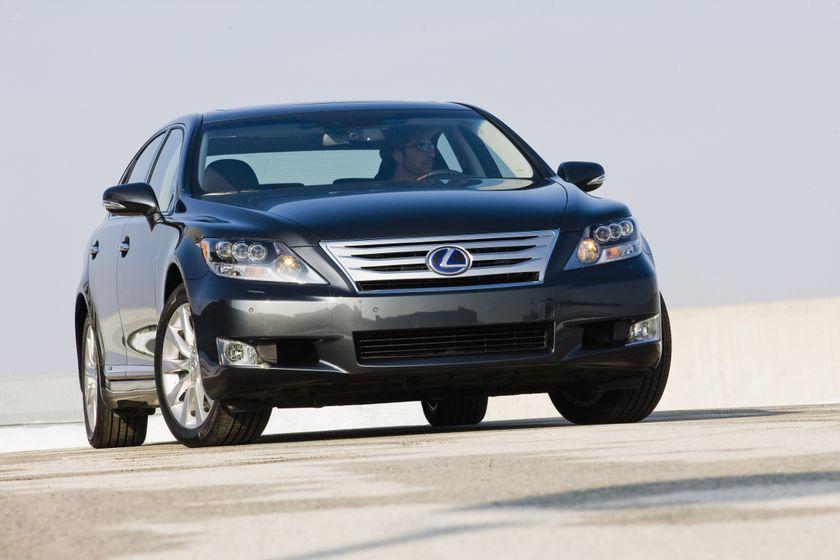 2011 Lexus LS 600h L 16