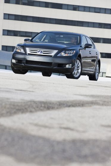 2011 Lexus LS 600h L 07