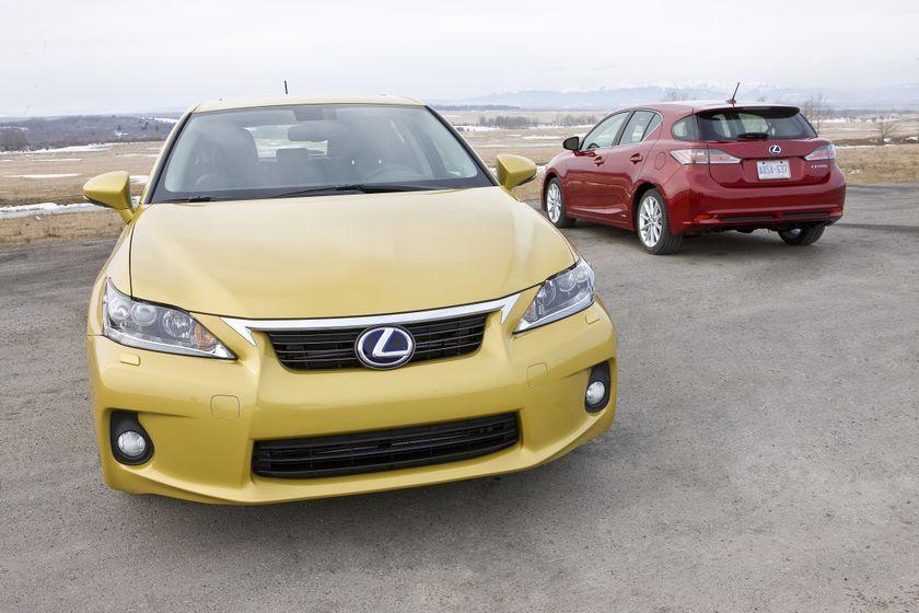 2011 Lexus CT 200h 01
