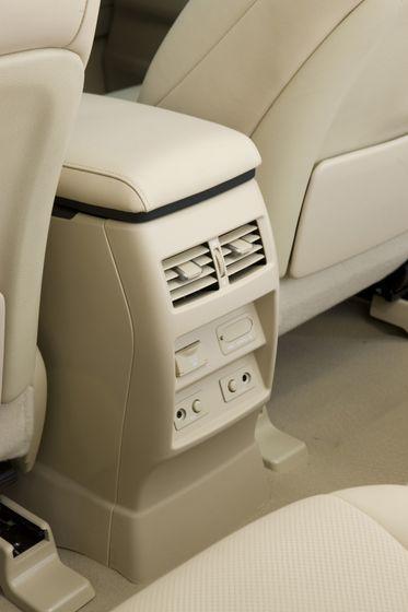 2012 Lexus RX450 77