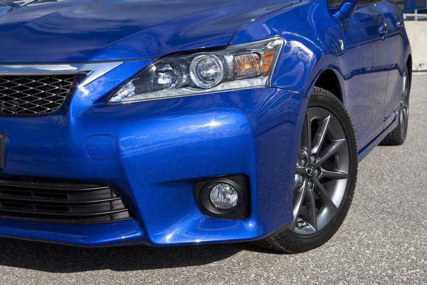 2012 Lexus CT 200h F-Sport 36
