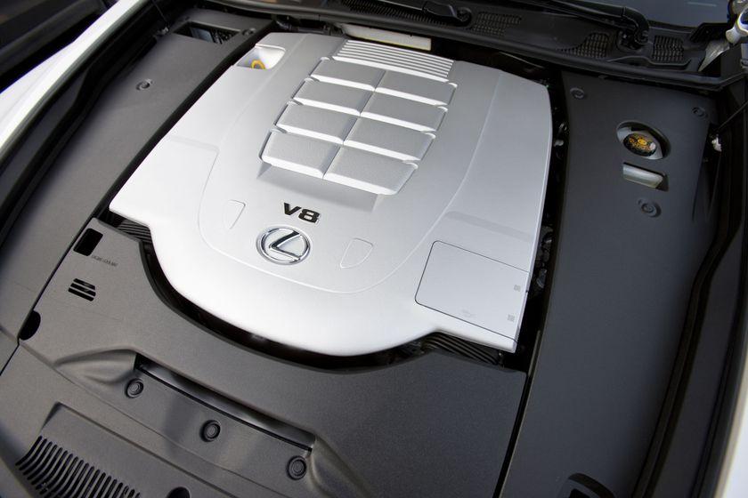 2012 Lexus LS 460S 17