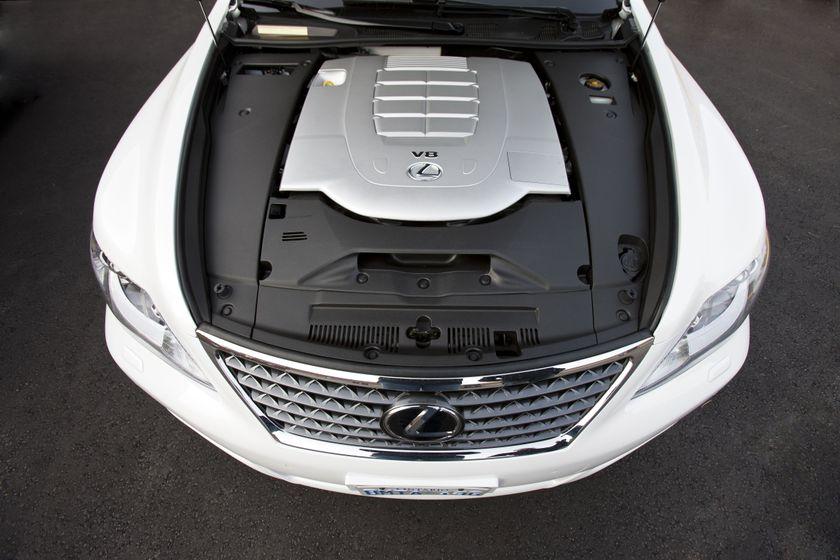 2012 Lexus LS 460S 16