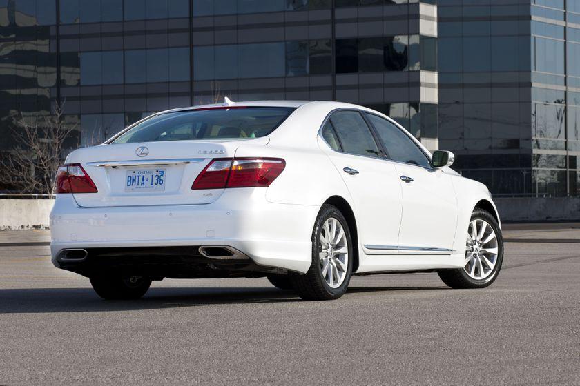 2012 Lexus LS 460S 06