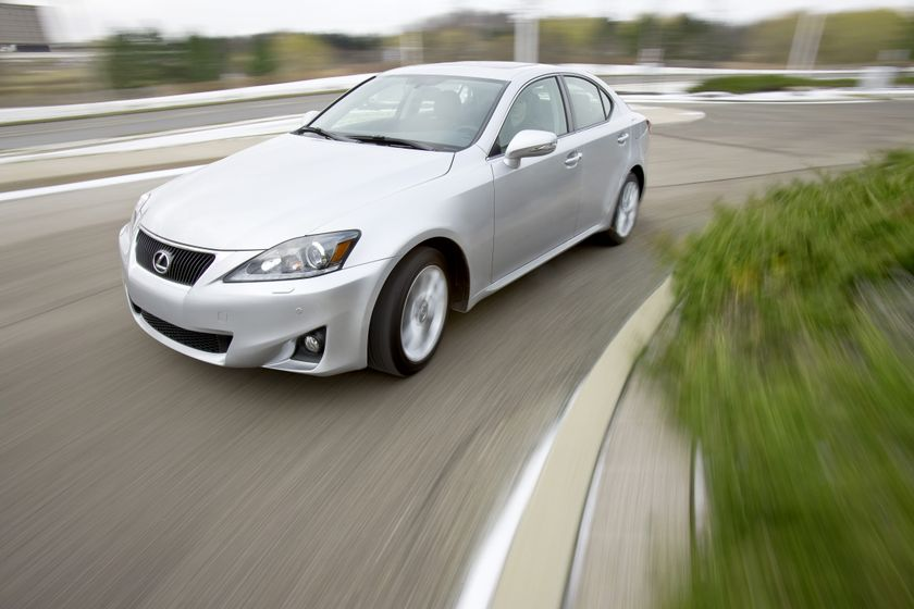 2012 Lexus IS 350 AWD 02